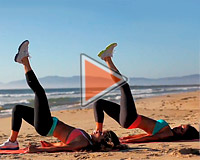 Фитнес для ягодиц - видео на пляже